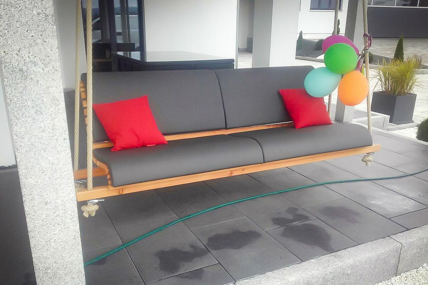 Hänge  und Terrassenschaukeln aus Holz   BAYERWOOD   Gartenmöbel ...